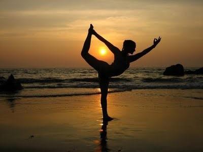 postura de hatha yoga